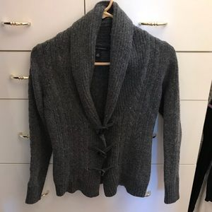 Banana republic toggle sweater